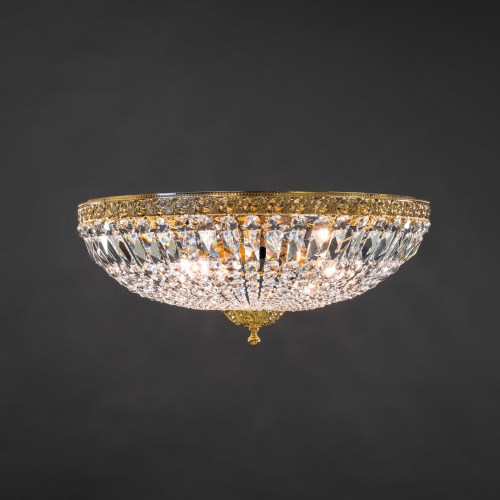 Crystal lamp Plafondi 30-65 is a modern crystal ceiling lamp that respects history.